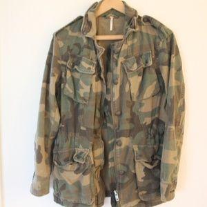 Free People camo military jacket x-small
